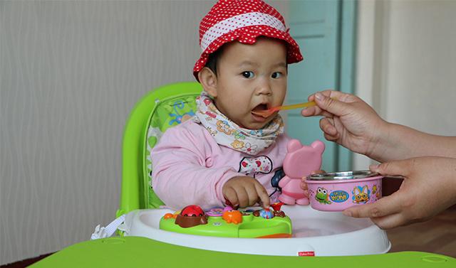 陪伴宝宝成长的优秀餐椅 - 美泰费雪四合一高餐椅