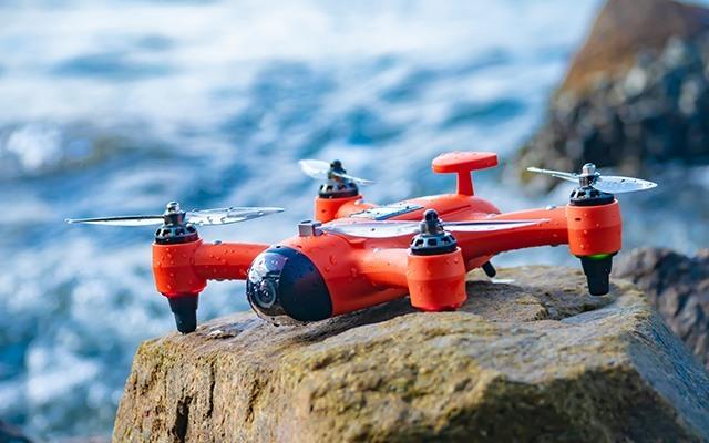 雨燕便携防水无人机