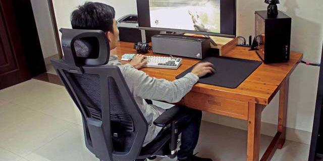 人体力学+智能操控,让你舒适健康的坐着 — 达宝利人体工学座椅体验