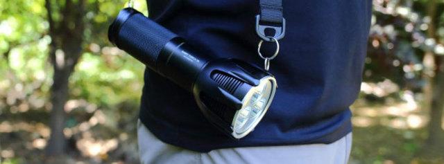 户外搜索利器,三小时就能充满,纳丽德圣火30手电体验