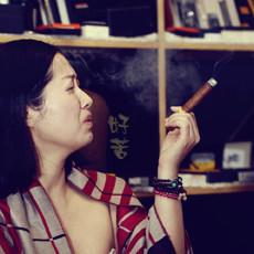 烟草界的奢侈品,抽完雪茄再看其他烟都是渣渣