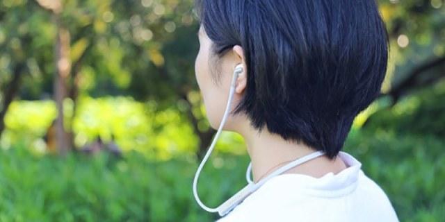 佩戴舒适 主动降噪,小鸟音响TRACK+无线智能降噪耳机测评