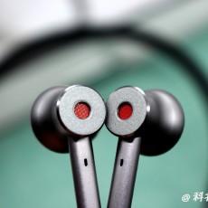 超强降噪+卓越音质!双保险的1MORE高清降噪蓝牙耳机值得拥有