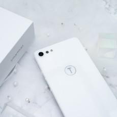 坚果Pro2白色限量版,美得过分了!