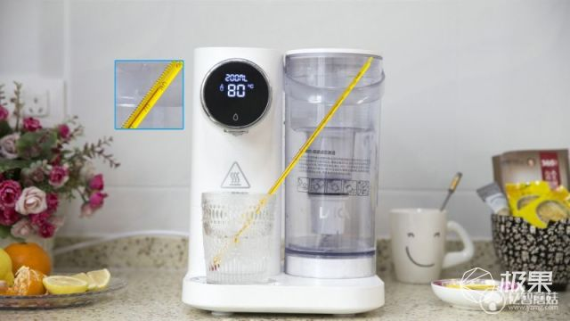 即开即饮,4秒沸腾,爱上喝水就这么简单——莱卡净饮一体机K