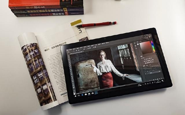 轻薄便携高性能,有它你的笔记本可以吃灰了 — 酷比魔方 KNote8平板电脑评测 | 视频