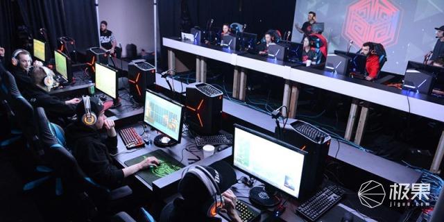 雷蛇(Razer)曼巴眼镜蛇竞技版电竞有线游戏鼠标