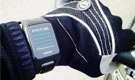 挣脱心率带的束缚测心率,TomTom Spark GPS心率手表体验