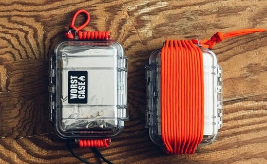 子弹打不坏的生存包,内含实用物件关键时刻救你一命!