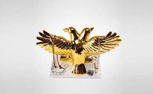 IMM Living首饰收纳架:精美温润陶瓷材质,双头金乌鸦高贵华丽