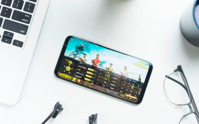 对称设计窄边框,无刘海照样也有高屏占比,魅族16th手机体验