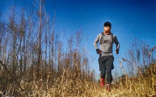 溫控黑科技加持,銀離子除臭,冬季跑步必備 — 奧迪樂 溫控長袖圓領衫體驗