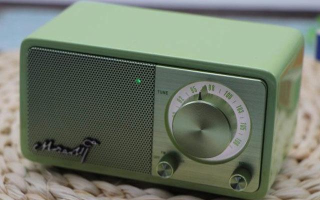 造型复古音质好,不仅是收音机也是蓝牙音箱 — 山进莫扎特音箱体验测评
