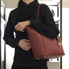 迈克高仕(Michael Kors) 30F2GTTT8L-848 CHERRY 女士单肩包