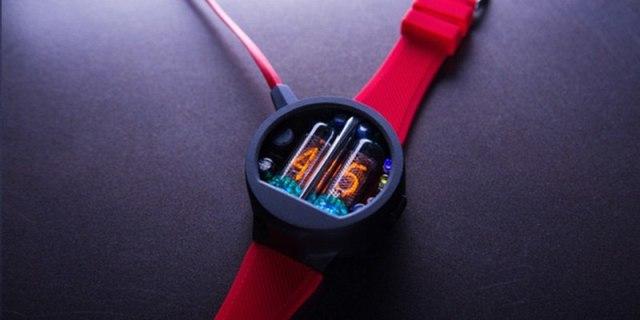 酷!苹果联合创始人沃兹打造的Nixie Watch又升级了!
