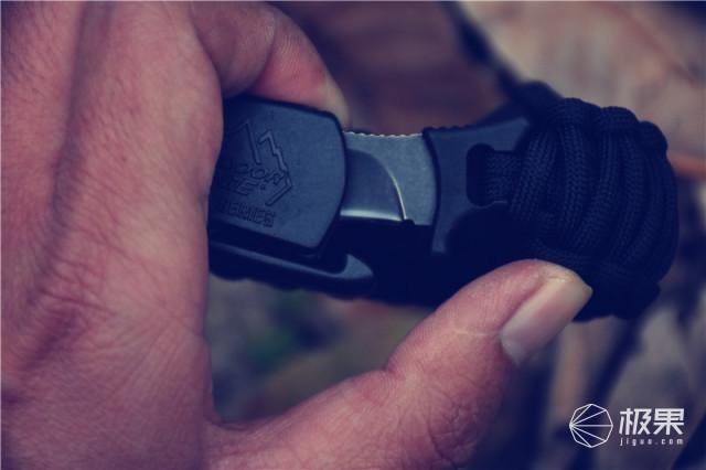 戴在手腕上的工具刀,时尚内敛却暗藏锋芒—O.D.E伞绳爪刀上手体验 视频