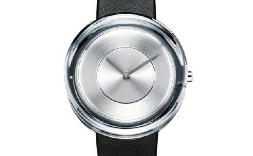 厚重的玻璃手表,出自乔布斯生前最爱设计师之手