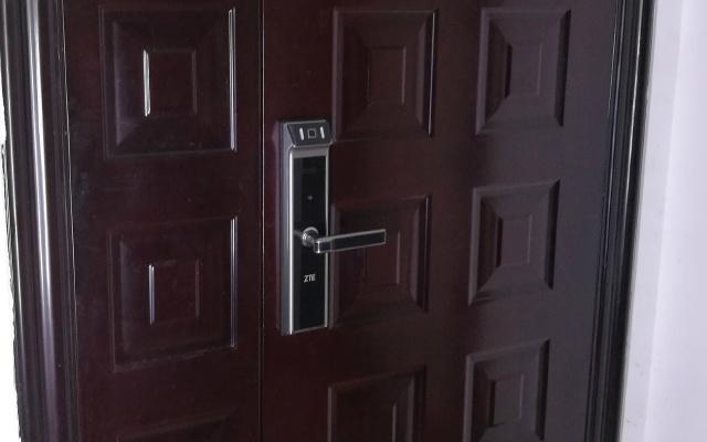 中兴智能门锁体验,不带钥匙也能放心出门   视频