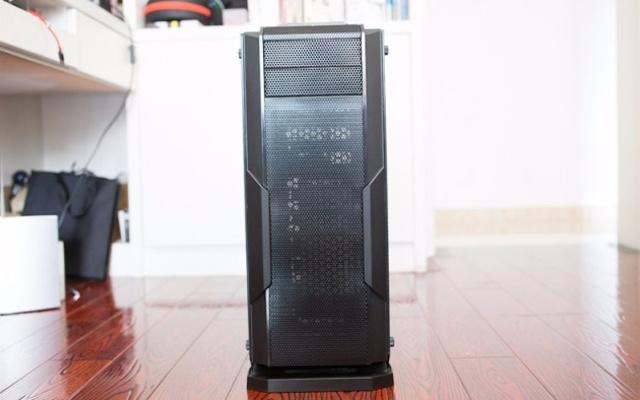 春节给电脑换个大衣柜!金河田峥嵘Z10机箱上手体验