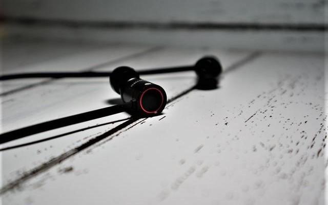 好音质不输国际品牌,最佳运动伴侣 — Astrotec/阿思翠 BX60运动蓝牙耳机体验