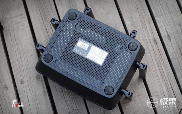領勢(LINKSYS)EA9300-AHAC4000三頻千兆無線路由器