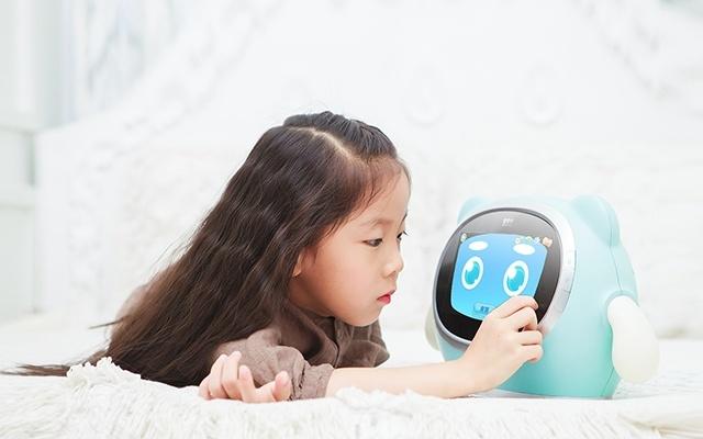 巴巴腾哆来咪娱乐机器人