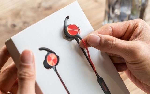 """这耳机要成精?除了监测心率竟还懂""""催眠术"""" — 华为 心率蓝牙耳机R1 Pro体验"""