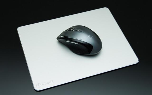 铝合金材质,这鼠标垫有逼格有颜值 — iQunix Pad 鼠标垫体验