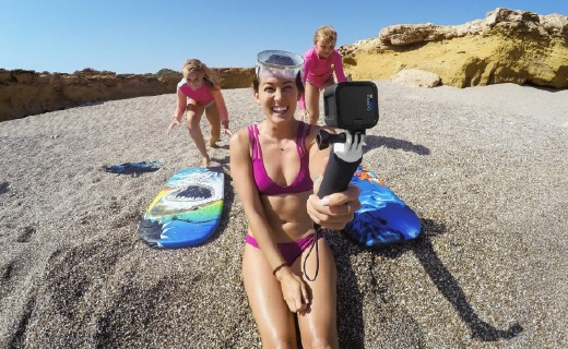 GoPro HERO5运动相机:4k视频千万像素,语音命令操作简单