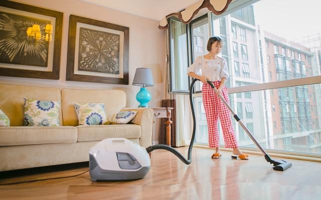 """扫地竟有毒雾霾!黑科技""""水吸尘器""""强到空气都净化"""