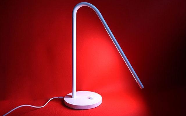 无蓝光不伤眼 设计优雅,让我一见倾心的台灯 — 明我LED防蓝光台灯体验