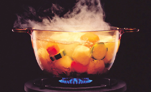 能把铝锅煮化的玻璃锅,干烧10个小时也不会坏