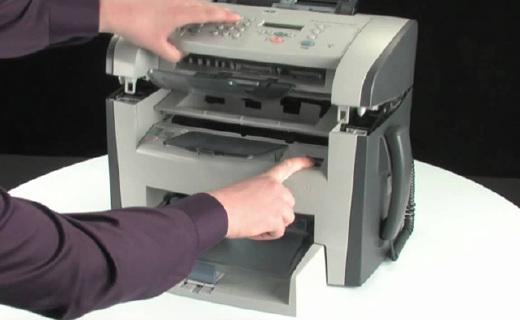惠普LJP M1005一體機:10秒首頁輸出,優先進紙重要文件不必等