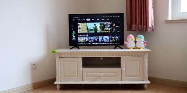 千元超薄电视大杀器,智能操控还海量内容  — 海信32E35A智能电视体验
