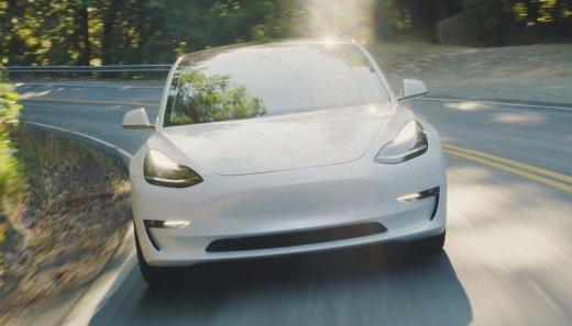 特斯拉推出高性能版Model 3,零百加速3.5秒仅售五十万
