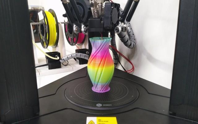 讓3D打印不再單調——DOBOT3D混色打印機