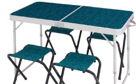 迪卡侬 QUECHUA折叠桌:金属材质稳固不生锈,可折叠设计携带方便