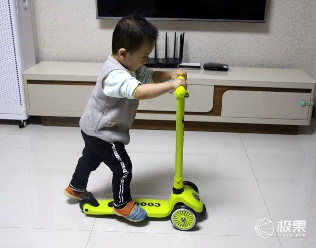 探索骑行世界,享受快乐童年:酷骑滑板车评测