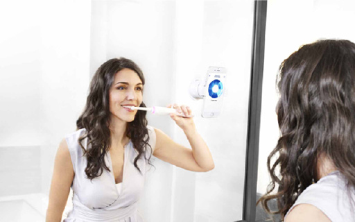 Oral-B Genius 9000电动牙刷:2016旗舰款,可监控每颗牙齿健康