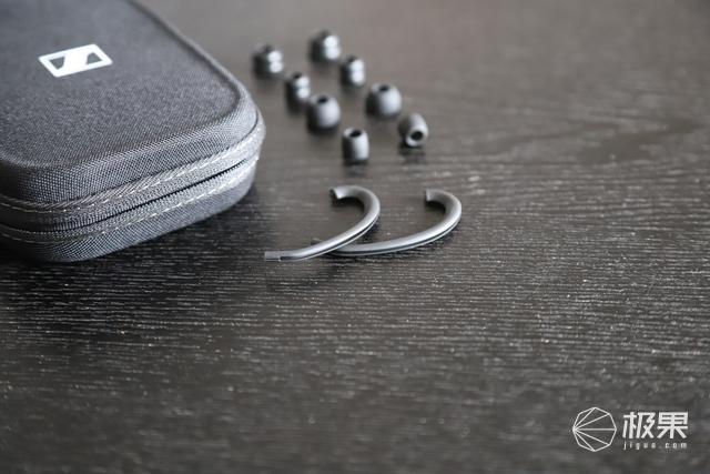 """旗舰力作再续经典,被奉为""""神塞"""",森海塞尔IE80S耳机评测"""