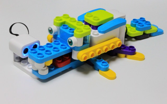 寓教于乐,快乐编程:NOOVA编程启蒙机器人