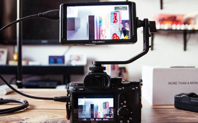 千元內性價比頗高的相機好幫手—富威德F6S監視器