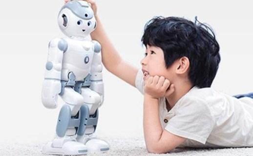 优必选家庭智能机器人:语音智能交互,传感器和舵机完美融合