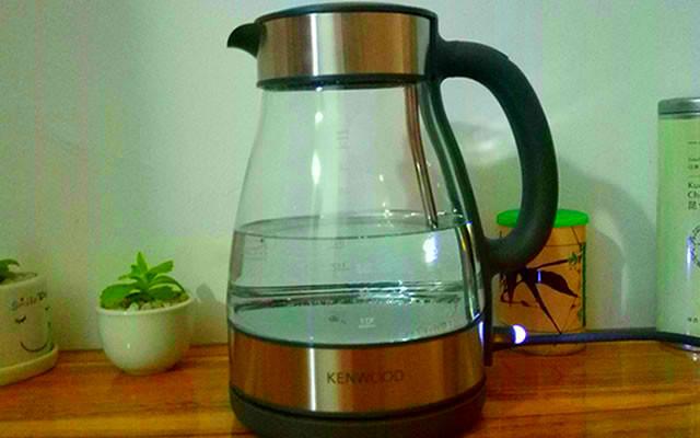 凯伍德玻璃电水壶体验:安全健康饮水,享受品质生活
