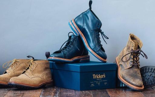 英伦靴子和机车厂的联合,复古设计外观硬朗