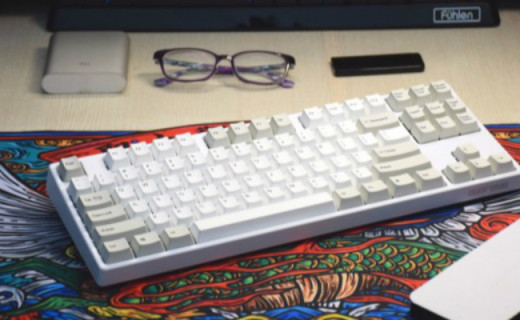 键帽与钢板的激情碰撞,高斯蓝牙双模机械键盘体验
