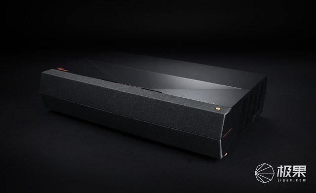 奥图码发布P1智能家庭影院:4K画质,支持25厘米超短距投影