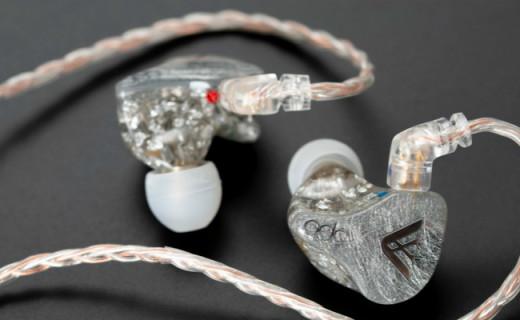 自带调音开关,高素质兼具听感,QDC变色龙Anole VX耳机公模版评测