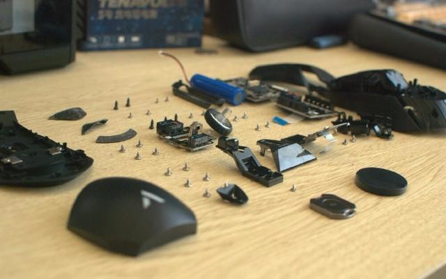 黑科技高端配置,左右手都友好,雷柏 VT950 双模游戏鼠标