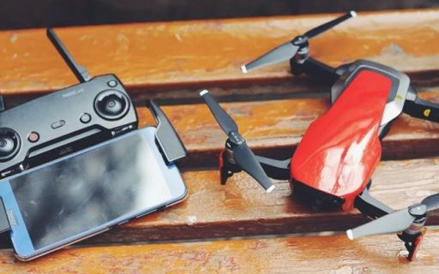 能装进口袋的无人机,性能强悍飞行令人惊艳 — 大疆 Mavic Air无人机评测   视频